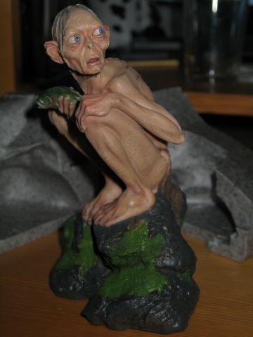 tn_LOTR--Statuette_Smeagol--02.jpg